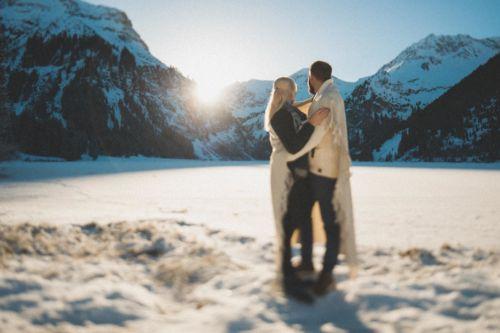 Winterliches Paarshooting am Vilsalpsee | Johanna und Dominik